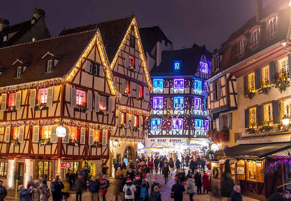 Image De Noel En Alsace.Marches De Noel En Alsace A Colmar Strasbourg Riquewihr